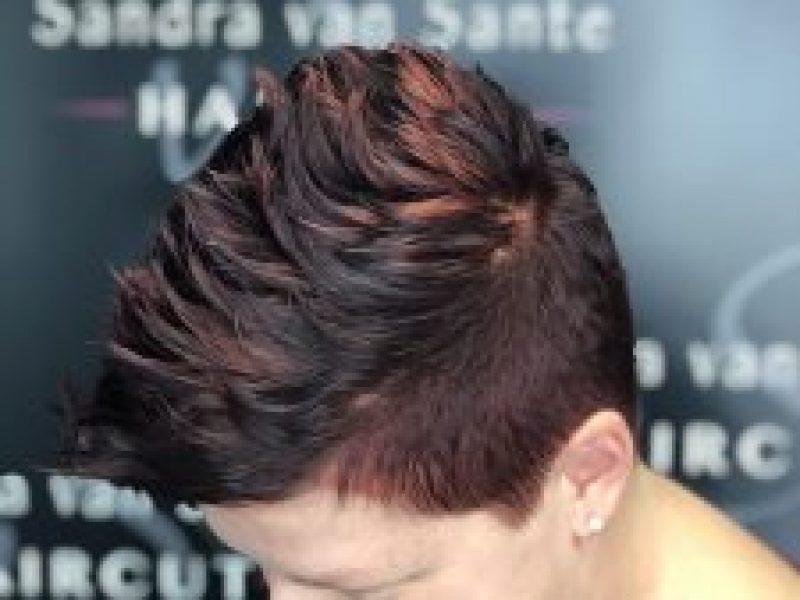 damen-haare-faerben-haircut-bergen
